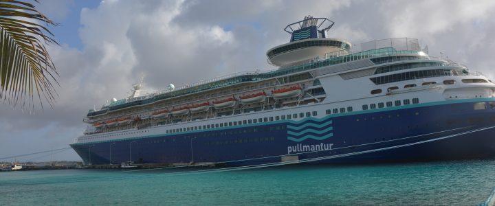 Bonaire Cruise Ship