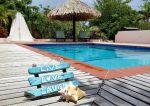 Live Love Laugh - Villa Lunt